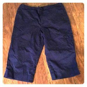 Coldwater Creek navy cotton sheeting capris PL